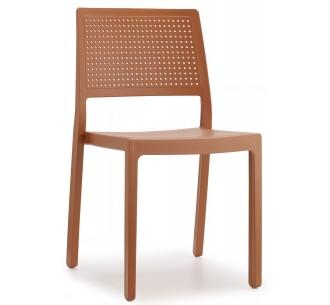Emi-S chair